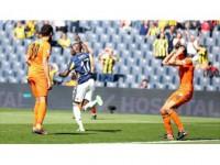 Fenerbahçe'yi Sow Taşıdı