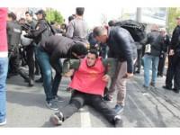 Beşiktaş'tan Taksim'e Yürümek İsteyen Gruba Müdahale
