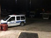 Mersin'de Meyve ve Sebze Halinde Bir Kişi, Kayısı Tüccarını Bıçaklayıp Kayıplara Karıştı