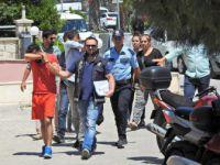 İzmir, Çeşme'de Dolandırıcılarla Polis Arasında Nefes Kesen Kovalamaca