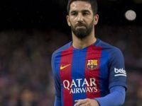 Arda Turan Barcelona'da devam edecek mi?