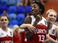 A Milli Kadın Basketbol Takımı 3'te 3 Yaptı, Türkiye 88-74 Belarus
