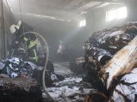 Denizli'de Tekstil Deposunda Yangın
