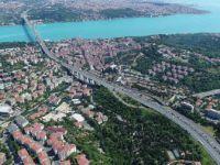 İstanbul, 15 Temmuz Şehitler Köprüsü'nde Trafik Yoğunluğu Havadan Görüntülendi