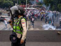 Venezuela'daki Hükümet Karşıtı Gösterilerde Ölü Sayısı 76'ya Yükseldi