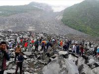 Çin'de ki heyelan bir köyü yok etti