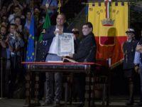 Maradona'ya Napoli'den 'Fahri Vatandaşlık' verdi