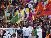 Hamburg'da Pkk/pyd Sempatizanlarından Protesto
