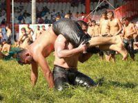 656. Tarihi Kırkpınar Yağlı Güreşleri'nde İlk Gün Müsabakaları Sona Erdi