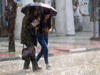 İstanbul Valiliği vatandaşları yağış ve trafik konusunda uyardı
