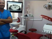 Böylesi bir ilk : 20'lik Diş Çürük Dişin Yerine Nakledildi