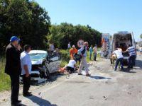 Tekirdağ'da  Saray ilçesinde Üç Araç Birbirine Girdi: 6 Yaralı