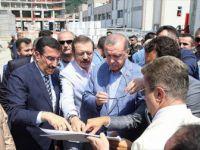 Cumhurbaşkanı Erdoğan'dan Sarp Gümrük Kapısı'nda inceleme