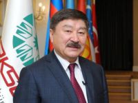 Düsen Kaseinov Yılın Diplomatı oldu
