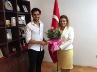 Genç karateci Aziz İsmail T.C Üsküp Büyükelçisi Tülin Erkal Kara'yı ziyaret etti