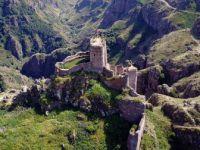 Ardahan'da ki Tarihi Şeytan Kalesi Ziyaretçilerini Bekliyor