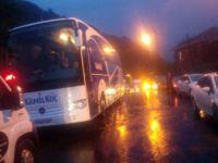 Bartın-Cide Karayolunda Sel Nedeniyle Araçlar Yolda Mahsur Kaldı