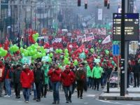 Brüksel'de Çalışanlardan 'Emeklilik Reformu' Protestosu