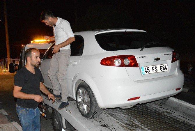 Manisa Şehzadeler'de İki Ayrı Kaza; 4 Yaralı