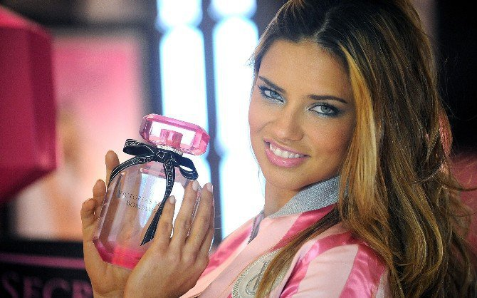 Victoria's Secret Beauty & Accessories Bornova'da