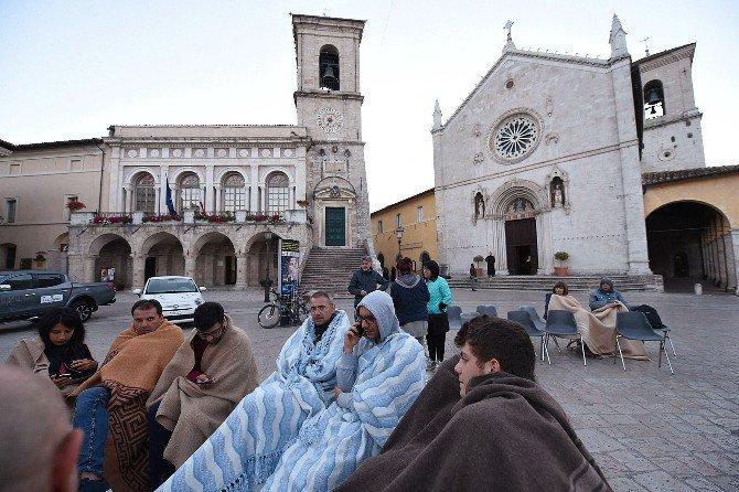 İtalya Depreminden görüntüler