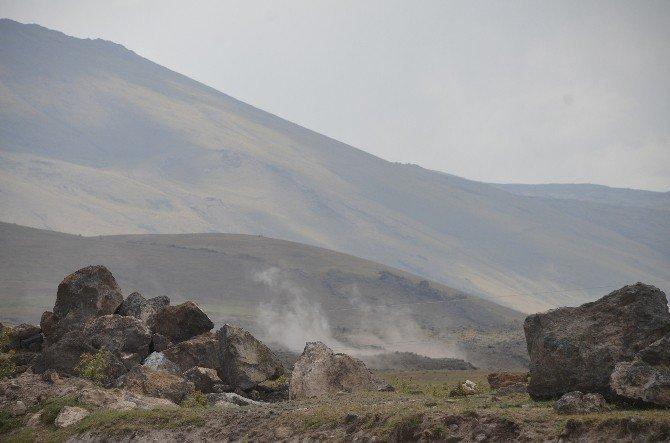 Ağrı ile Van'ın ilçeleri arasında bulunan Tendürek Dağı'nda çatışmalar şiddetlendi