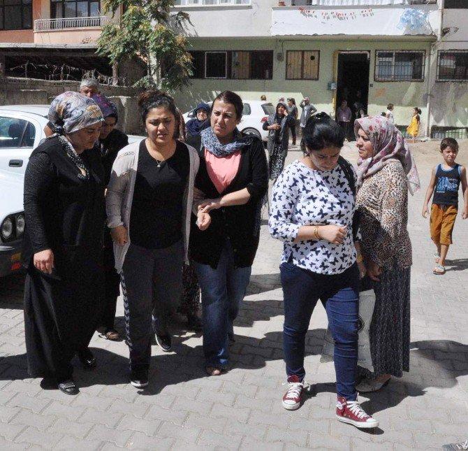 Şehit Uzman Çavuşun Acı Haberi Eşine Yozgat'ta Bulunan Baba Evinde Verildi