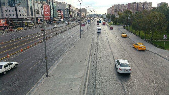 Böylesi görülmedi! İstanbul'da bütün yollar boşaldı
