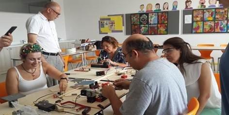 İzmir'de İtü Gvo'da İlk Ders Zili Çaldı