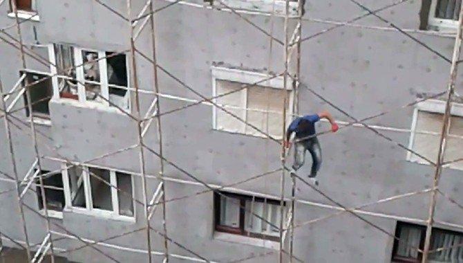 """""""Örümcek İşçi"""" Bu Kadarına Da Pes Dedirtti"""