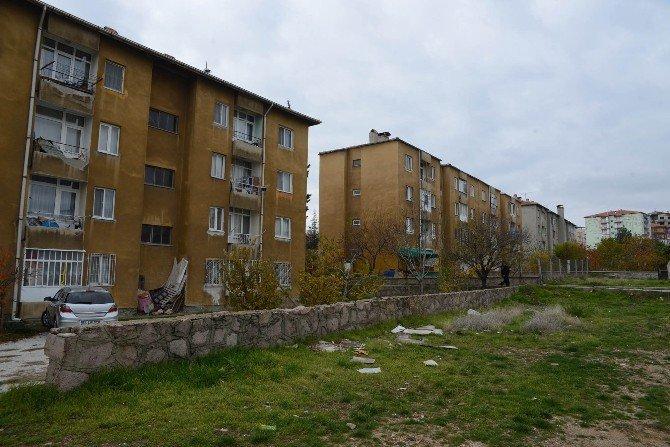 Bakanlar Kurulu Kararıyla Uşak'taki SSK Evleri Bölgesini 'Riskli' İlan Edildi