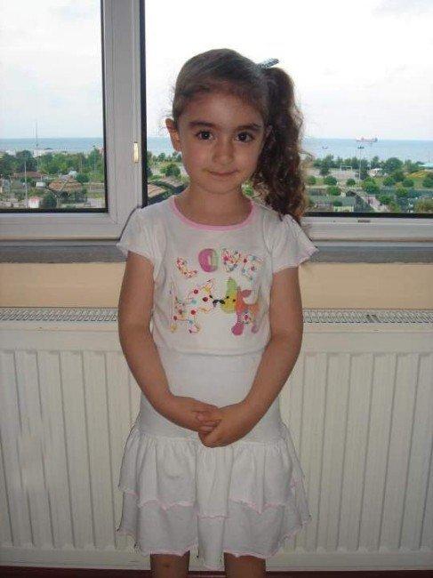 Afyonkarahisar'da Okul Servisinin Altında Kalan 6 Yaşındaki Çocuk Öldü