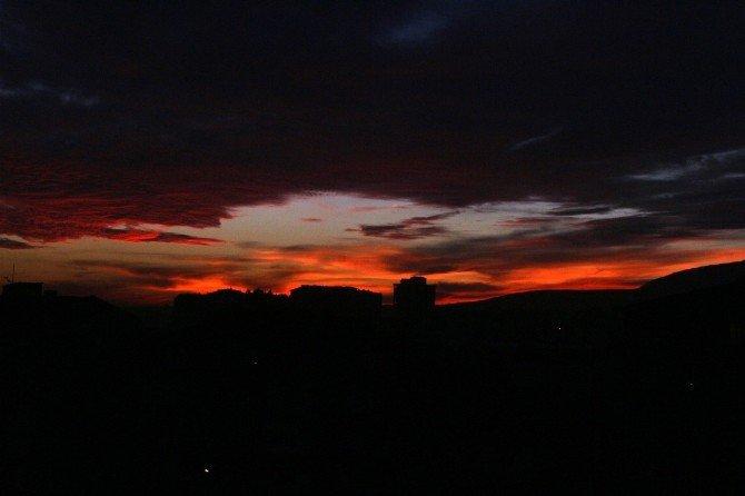 Niğde'de Hayranlık Uyandıran Gün Batımı Açık Hava Fotoğraf Sergisine Dönüştü