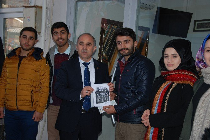 Gördes'te AK Gençlik'ten Yılbaşı Kutlamalarına Broşürlü Tepki