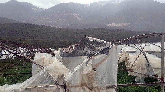 Antalya, Demre'de Hortum Seraları Vurdu