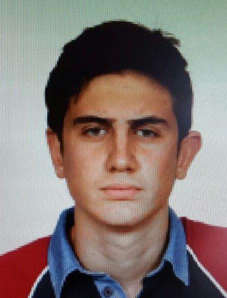 Kalp Krizinden Ölen Lise Öğrencisi Muhammet Emin Özkan Son Yolculuğuna Uğurlandı