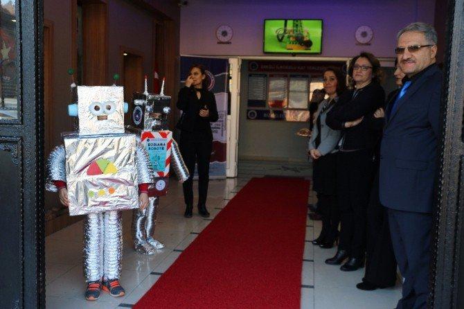 Zonguldak'ta İlkokul Öğrencileri Robot Yapmayı Öğreniyor