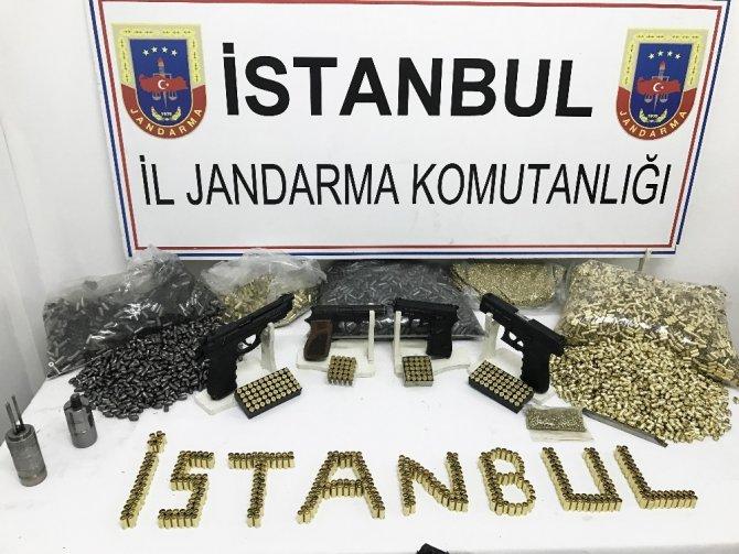 Zeytinburnu'nda Mermi Üreten İş Yerine Baskın