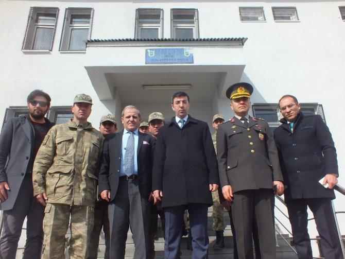 Kaymakam Kırlı'dan Güvenlik Güçlerine Moral Ziyareti