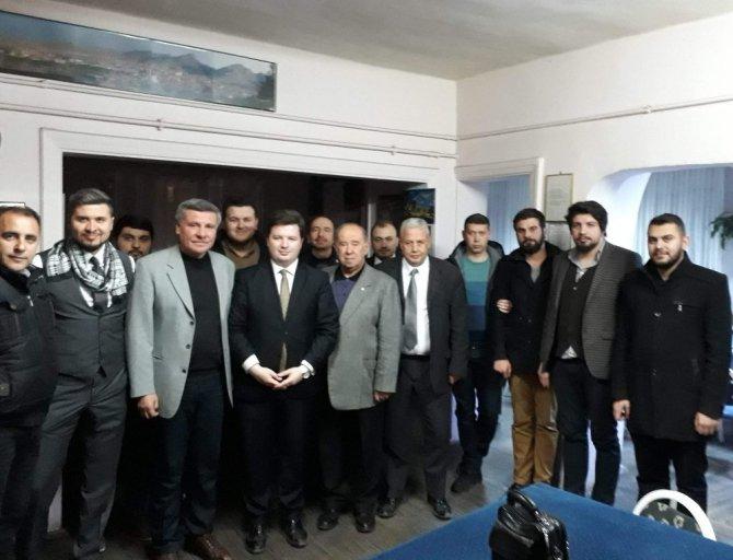 Ak Parti Eskişehir Gençlik Kollarından Sivrihisarlılar Derneğine Ziyaret