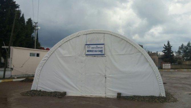 Depremin Vurduğu Samsat'ta Çadırda Namaz