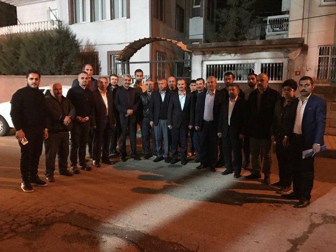 Ak Parti Merkez İlçe Teşkilatı Kapı Kapı Dolaşıyor
