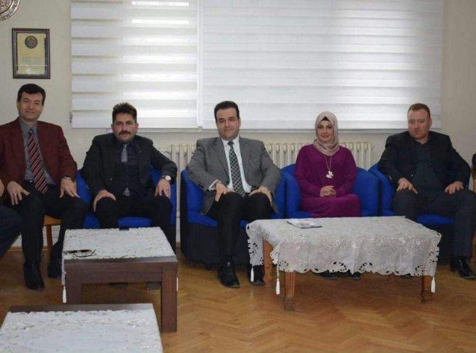 Ak Parti'den Eskişehir Anadolu Kültür Ve Dayanışma Derneğine Ziyaret