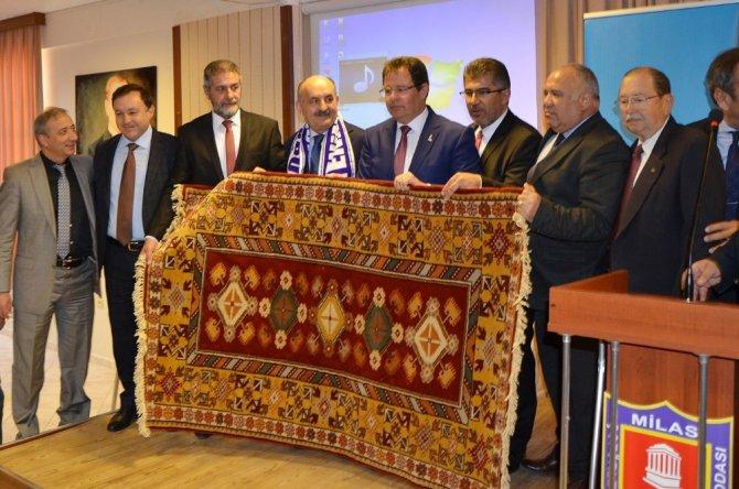 Bakan Müezzinoğlu Milas'ta Ziyaretlerde Bulundu