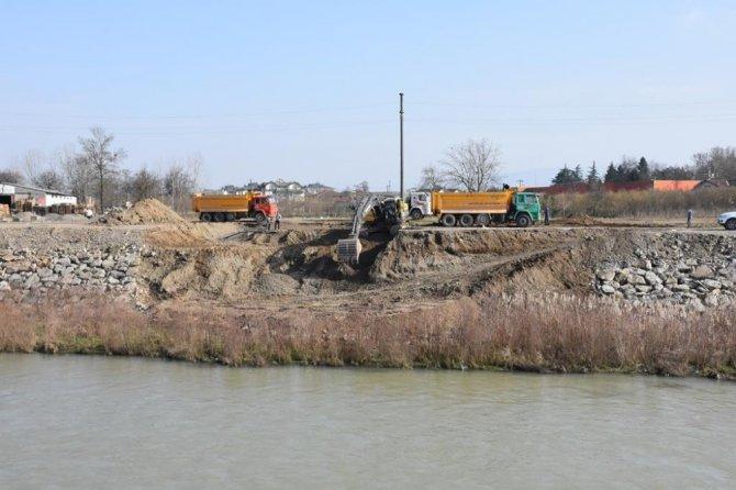 Düzce'de Çelik Köprü Yapımına Başlandı