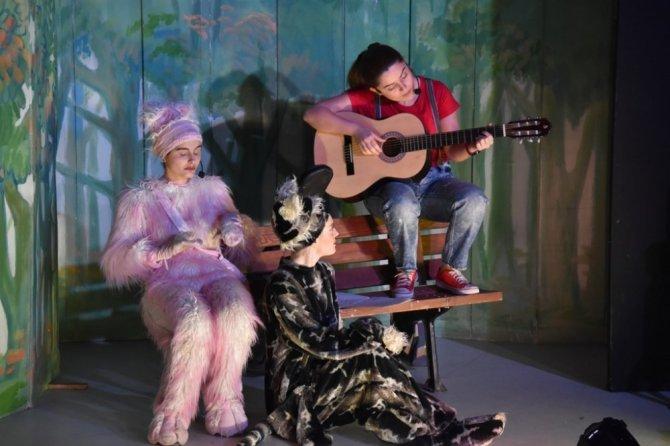 Süleymanpaşalı Çocuklar 'Kediler Ve Köpekler Müzikali' İle Keyifli Anlar Yaşadılar