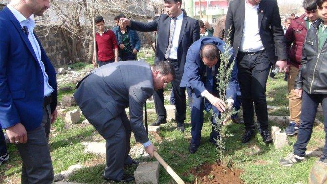 Viranşehir'de Fidan Dikme Kampanyası