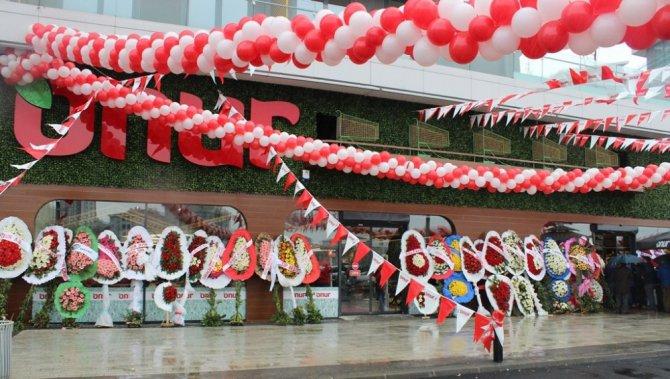 Onur Market, 154'üncü Mağazasını Batışehir'de Açtı