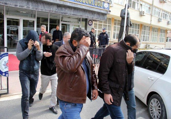 Dolandırıcıları Araç Plakaları Yakalattı