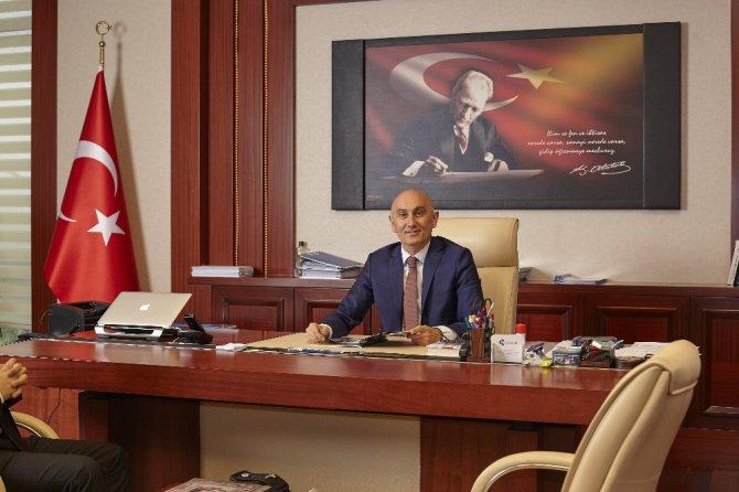 Rektör Tamer Yılmaz'ın 18 Mart Çanakkale Zaferi Kutlaması